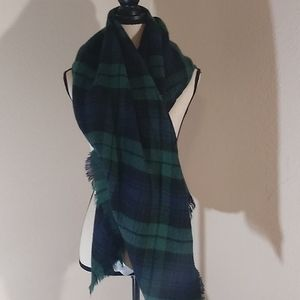 🌟3 for $15🌟 Green plaid Scarf